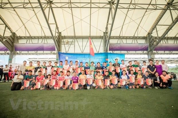 旅居日本越南人举行足球友谊赛 hinh anh 1