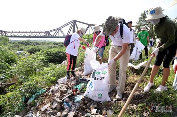 保护环境人人有责 把绿色带到每个角落 hinh anh 2