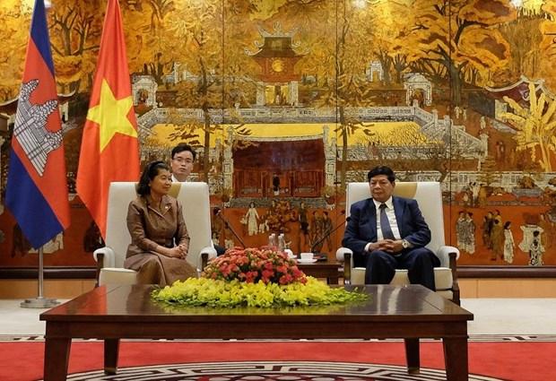 越南首都河内与柬埔寨首都金边加强合作关系 hinh anh 1