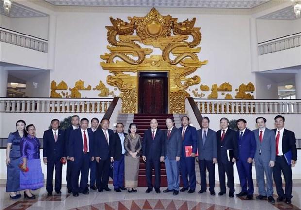 越南政府总理阮春福会见柬埔寨副首相梅森安 hinh anh 2