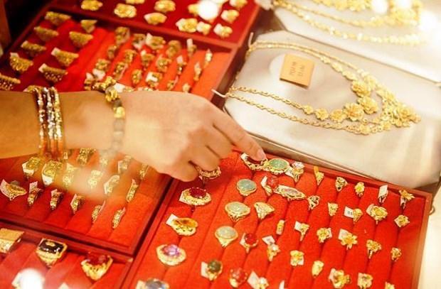10月22日越南国内黄金价格大幅下降 hinh anh 1