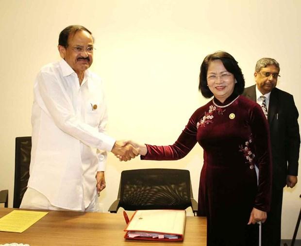 越南与印度将继续深化全面战略伙伴关系 hinh anh 1