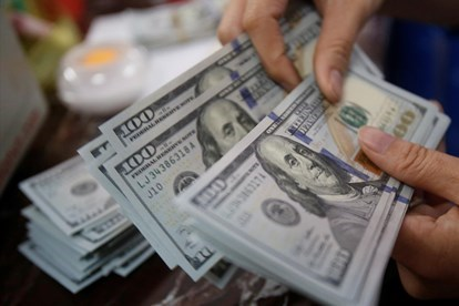 10月28日越盾对美元汇率中间价下调3越盾 hinh anh 1