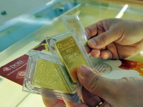 10月30日越南国内黄金价格继续下调 hinh anh 1