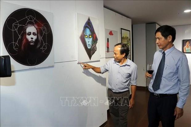 外国人美术交流活动在岘港市举行 hinh anh 1