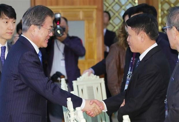 韩国总统高度评价越南与韩国关系 hinh anh 1