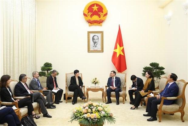 越南政府副总理王廷惠欢迎IFC购买越南商业银行的股份 hinh anh 2