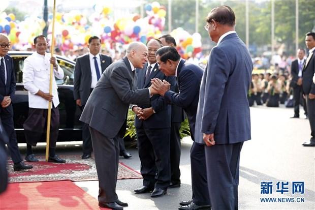 柬埔寨独立66周年庆祝活动安全顺利举行 hinh anh 1