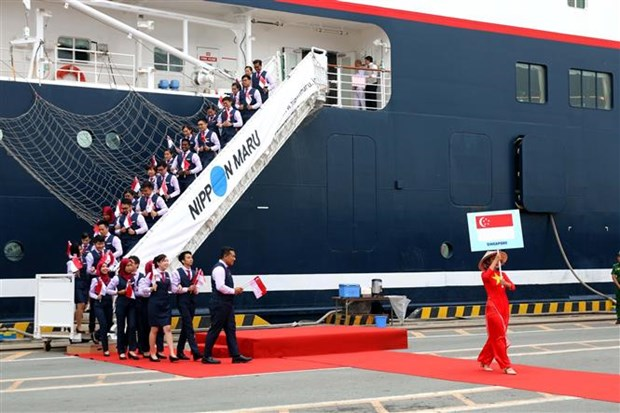 东南亚与日本青年船抵达越南 hinh anh 1