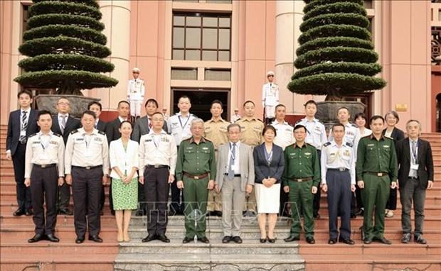 日本防卫省军官代表团访问越南 hinh anh 2