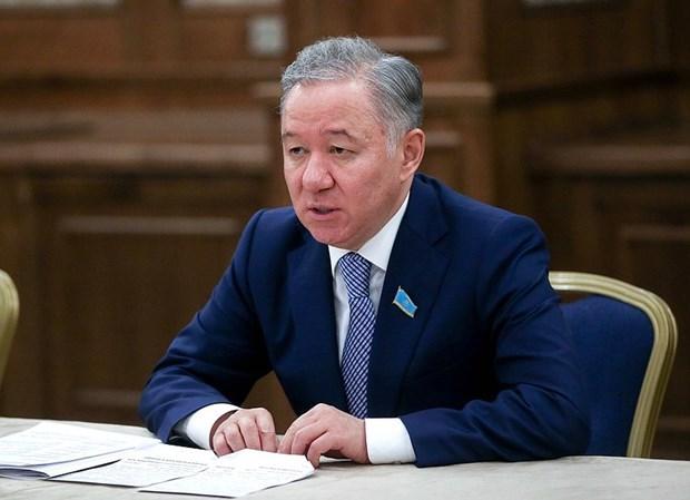 哈萨克斯坦议会下议院议长开始对越南进行正式访问 hinh anh 1