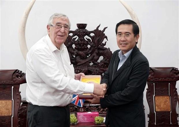 英国阿伯丁市代表团赴宁顺省寻找合作商机 hinh anh 1