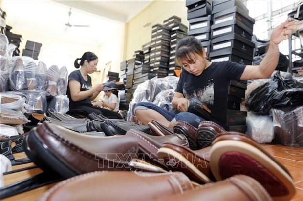 越南鞋类产品颇受国际客户的好评 hinh anh 1
