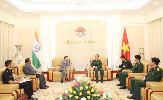 防务合作被视为越南与印度关系中的重要支柱 hinh anh 1