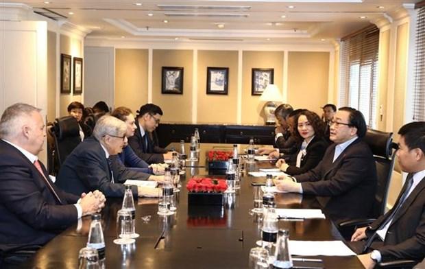 越南共产党与法国共产党加强合作 hinh anh 2