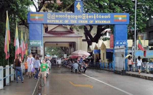 泰国和缅甸签署货物跨境运输协议 hinh anh 1