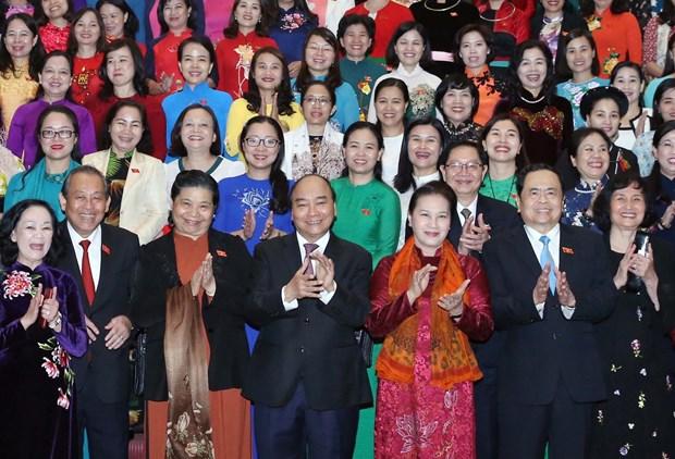 阮春福:强化女性地位对实现国家多项重大目标起着决定性作用 hinh anh 2