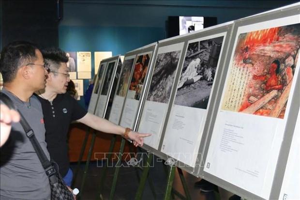 越南和日本战争受难者图片展在胡志明市举行 hinh anh 1