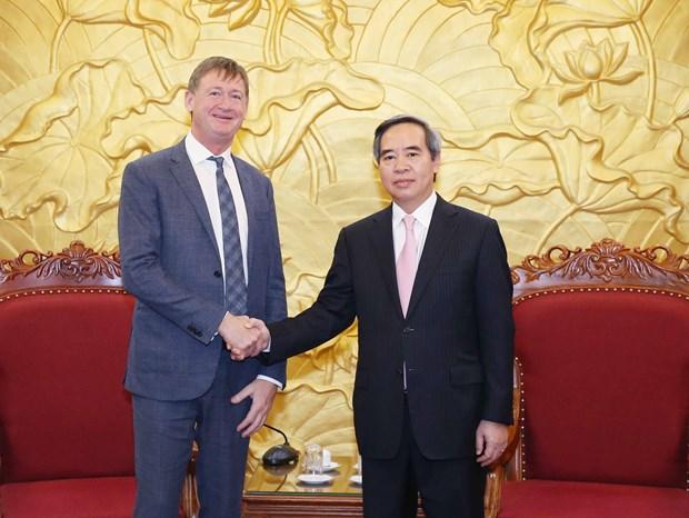 越南欢迎法国企业对越可再生能源进行投资 hinh anh 1