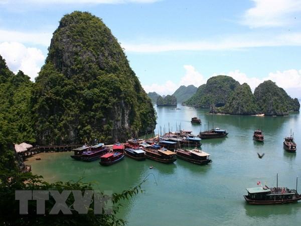 广宁省确定将旅游业发展成为拳头经济产业 hinh anh 1