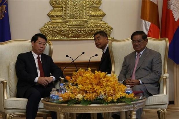 越南公安部同柬埔寨内务部加强合作 hinh anh 1
