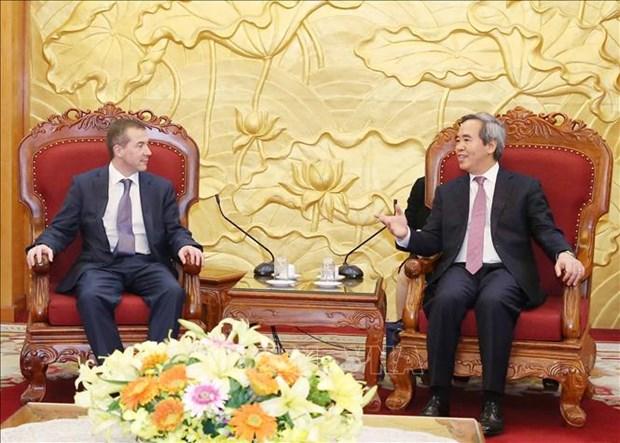 越共中央经济部部长会见国际经济合作银行领导 hinh anh 1