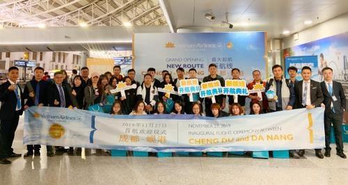 越航开通岘港至中国成都航线 特价往返机票100美元含税 hinh anh 1