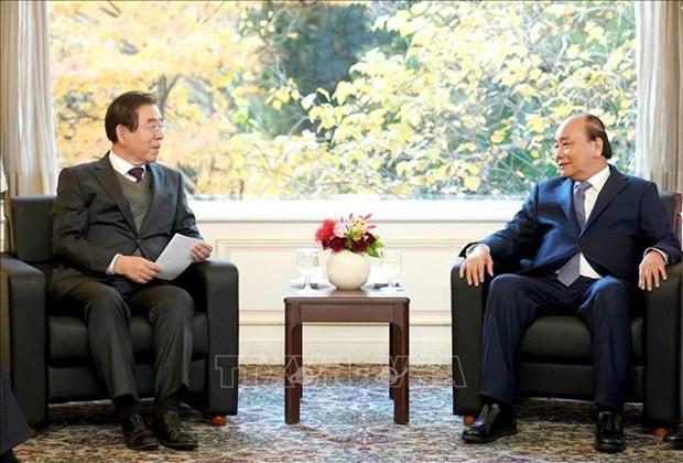 越南政府总理阮春福会见韩国首尔市市长 hinh anh 2