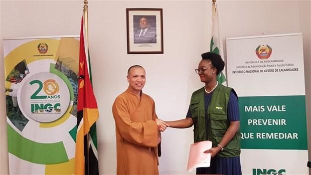 越南佛教协会向莫桑比克灾民捐赠100吨大米 hinh anh 1