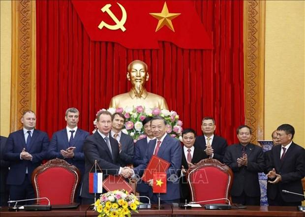 越南与俄罗斯加强预防和打击犯罪的合作 hinh anh 1