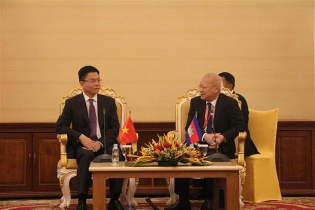 越南强化边境各省与柬埔寨之间司法合作的重要性 hinh anh 1