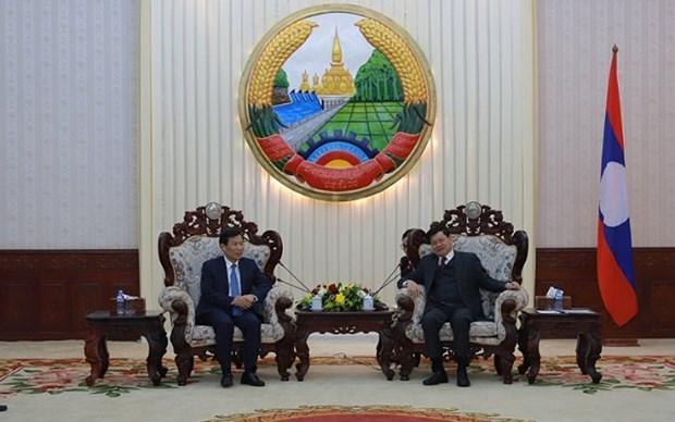 越南加强与老挝在文化体育与旅游领域的合作 hinh anh 1