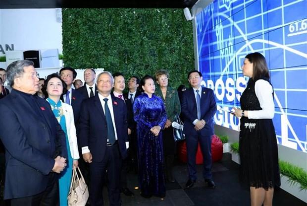 越南国会主席主席阮氏金银会见俄罗斯鞑靼斯坦共和国国务委员会主席 hinh anh 3