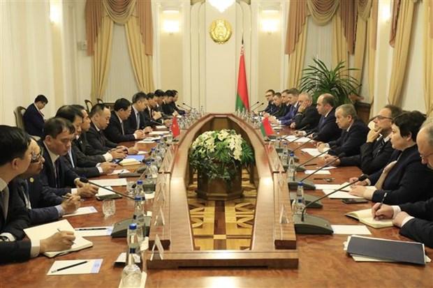 越南与白俄罗斯进一步加强经济、贸易与投资领域的合作 hinh anh 1