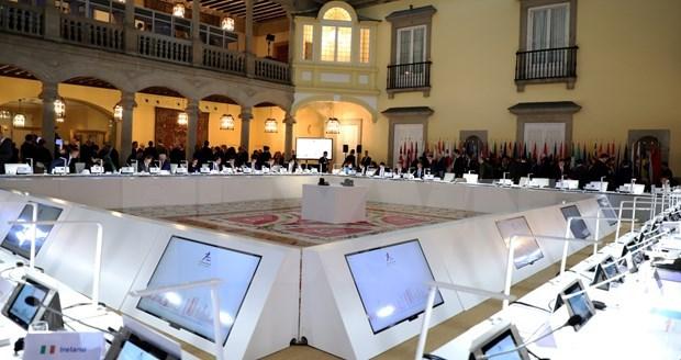第十四届亚欧外长会议:加强亚欧团结协作 致力于维护多边主义 hinh anh 1