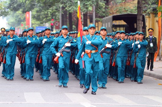 《自卫民兵法》将于2020年7月1日起在全国范围内统一实施 hinh anh 1