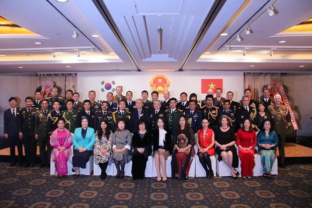 """越南全民国防是""""民享、民治、民有""""的国防 hinh anh 2"""