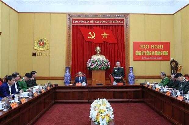 政府总理阮春福出席中央公安党委会议 hinh anh 2