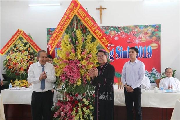 张和平向前江省天主教信教群众致以圣诞祝福 hinh anh 1
