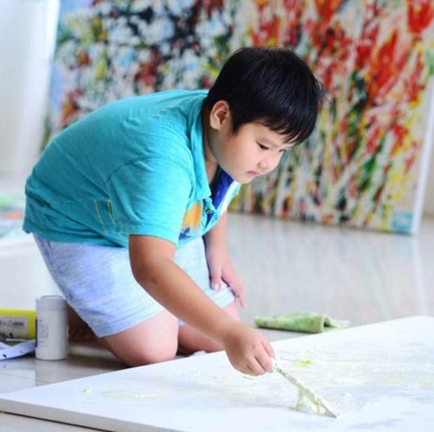 越裔美国儿童画家在美国开办画展 hinh anh 1