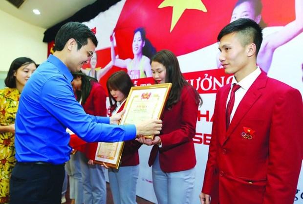 第30届东南亚运动会取得佳绩的田径运动员获颁奖 hinh anh 1