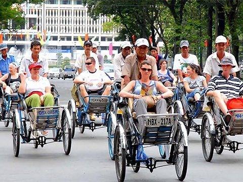 越南力争2020年国际游客到访量达2050万人次 hinh anh 1
