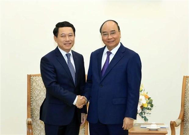 越南总理阮春福会见老挝外交部长沙伦赛 hinh anh 1