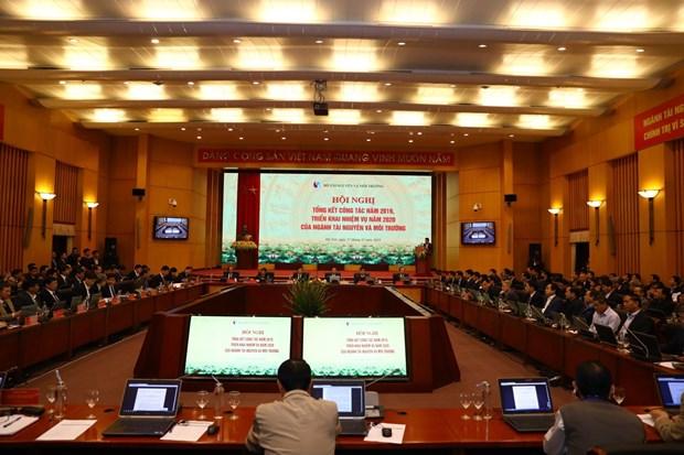 郑廷勇副总理:集中完善土地和环境法律机制 hinh anh 2