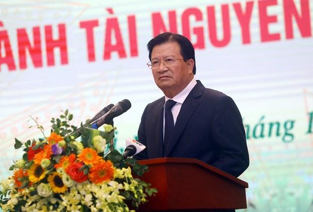 郑廷勇副总理:集中完善土地和环境法律机制 hinh anh 1
