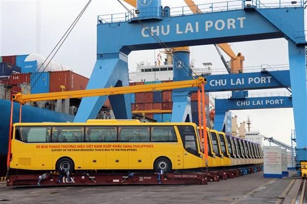 THACO向菲律宾出口越南品牌大巴车 hinh anh 2