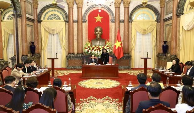 邓氏玉盛会见儿童保护基金会2019年主要赞助商 hinh anh 2