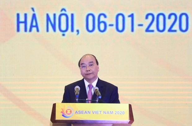 政府总理阮春福出席2020年东盟轮值主席年启动仪式 hinh anh 1