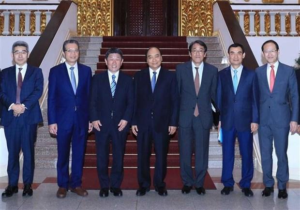 政府总理阮春福会见日本外务大臣茂木敏充 hinh anh 3