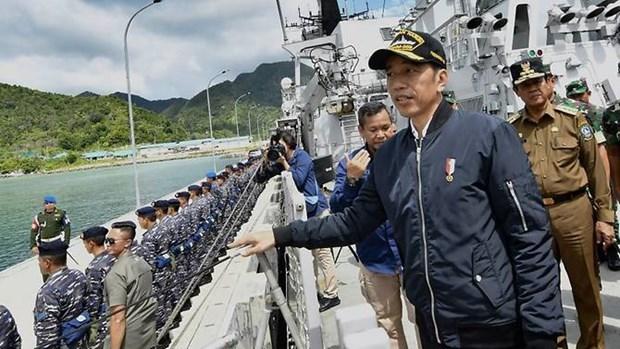印尼总统佐科赴纳土纳群岛视察以强调印尼对该群岛的主权 hinh anh 1